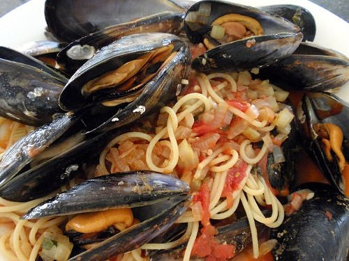 ... pasta pasta with mussels cherry spaghetti with mussels and spaghetti