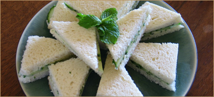 Herbed Cream Cheese Tea Sandwiches