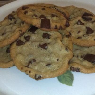 Super Chunk Chocolate Chip Cookies