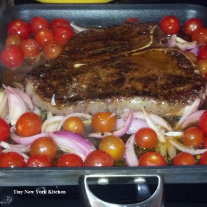 Steak With Cherry Tomatoes