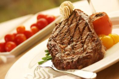 Rib Eye Steak With Roasted Garlic & Fresh Thyme