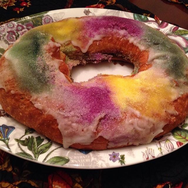 Mardi Gras King Cake 2