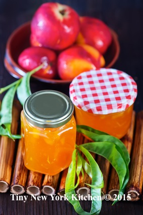 Old-Fashioned Peach Preserves