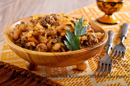 Hungarian Noodles With Cabbage & Sausage