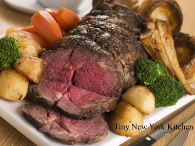 Beef Rib Roast With Dill & Black Pepper Rub