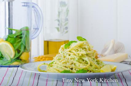 Spaghetti With Herbs & Garlic