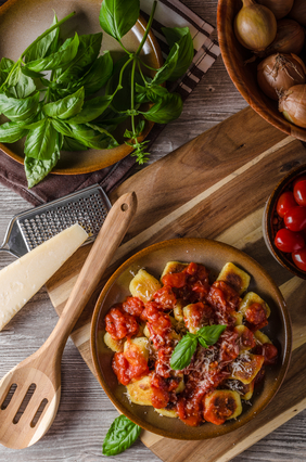 Gnocchi With Roasted Pepper Sauce