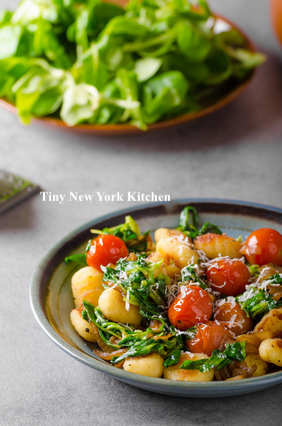 Gnocchi With Butternut Squash, Spinach & Tomatoes