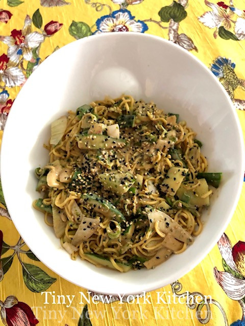 Chilled Sesame Soba Noodles With Cucumbers & Green Onions