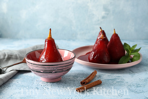 Elegant Poached Pears