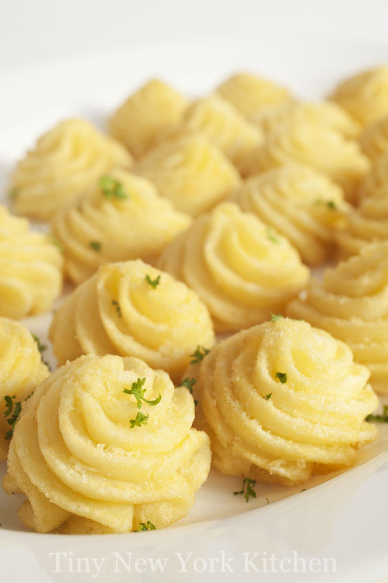 Garlic Duchess Potatoes