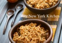 Holiday Apple Crumble Pie