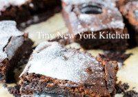 Gluten-Free 3 Ingredient Brownies