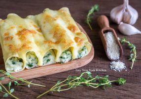 Cheese & Spinach Stuffed Cannelloni