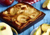 Chunky Buttermilk Apple Cake
