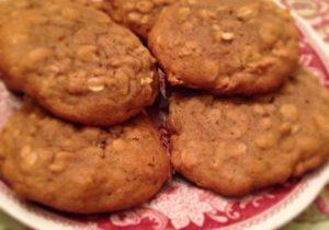 Cinnamon Oatmeal Cookies