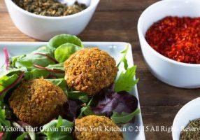 Middle Eastern Falafel Salad