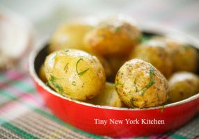 New Potatoes With Fresh Herbs