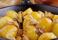 Pan Roasted Potatoes With Mushrooms & Pancetta