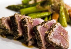 Seared Yellowfin Tuna & Asparagus