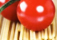 Spaghetti With Cherry Tomatoes, Habañero Chile & Mint